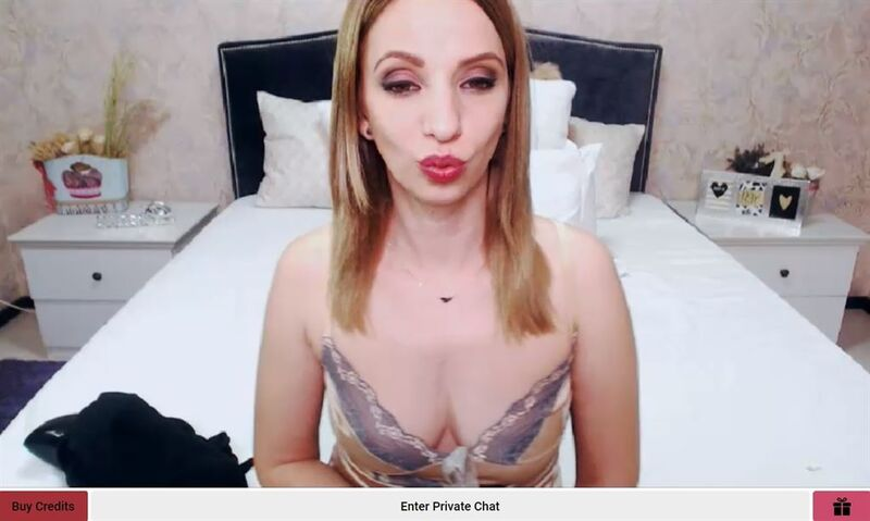 Shemate - a credit card accepting tranny cam to cam site