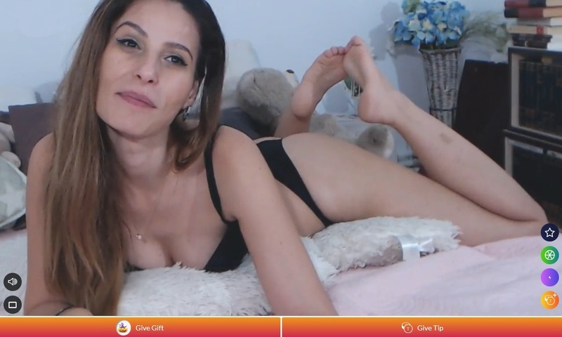 Foot fetish live shows on cams