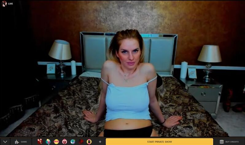 HD cam2cam chats with beautiful trannies on MyTrannyCams