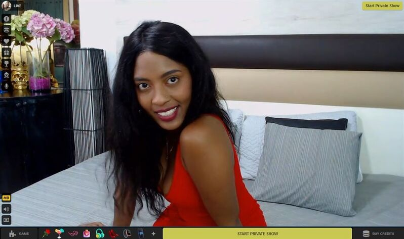 Mobile c2c with black babes on LivePrivates