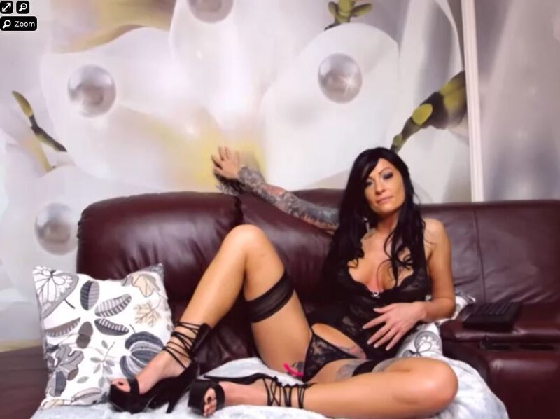 A kinky European cam MILF on display, featured on XLoveCam.com